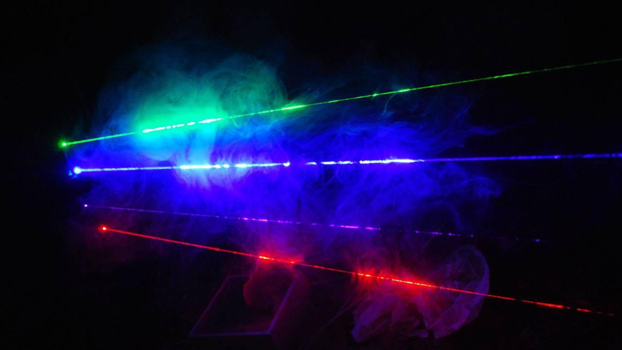 Органические лазеры. Что такое лазер, виды лазеров и их применение.  Разработка органического лазера