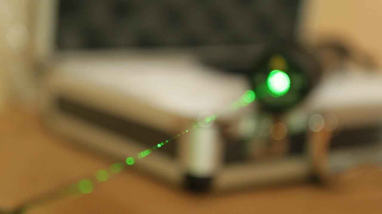 Органічні лазери